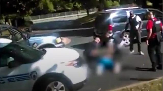 美国夏洛特市警察枪杀黑人录像曝光