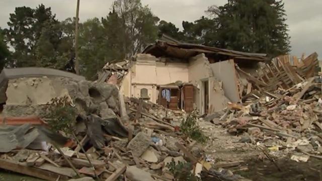 新西兰总理:震后救援确保游客安全
