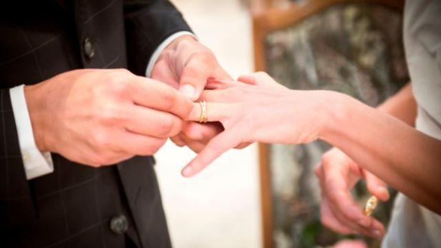 这么别出心裁的求婚,也是蛮拼的