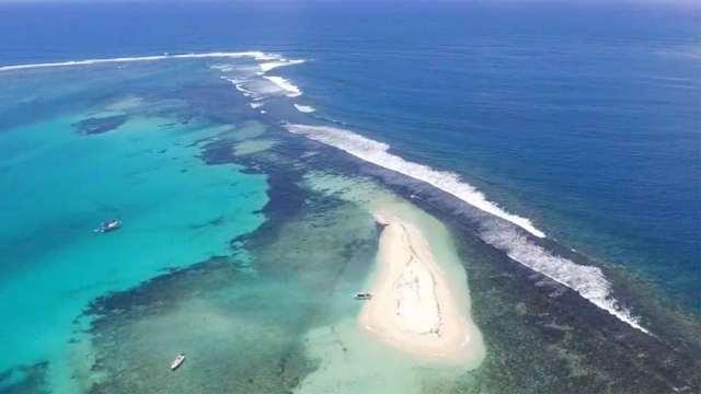 15秒,带你鸟瞰毛里求斯海岸线