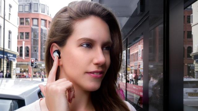 不用网络就能翻译37国语言的耳机