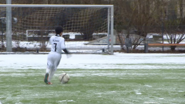 爱C罗!叙利亚足球小将寻梦德国