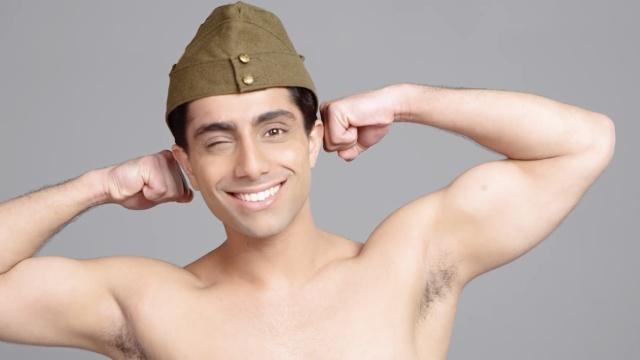 帅气型男展示印度男性造型百年进化