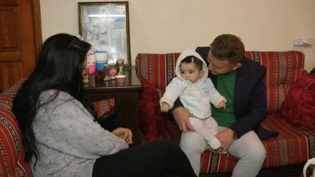 叙利亚难民在加沙:我的女儿没国籍