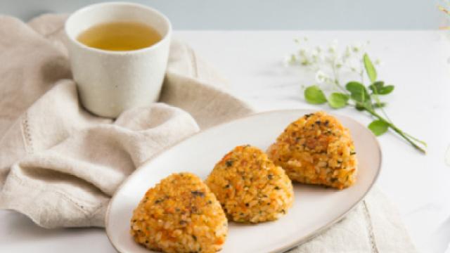 懒人必备早餐——日式三文鱼烤饭团