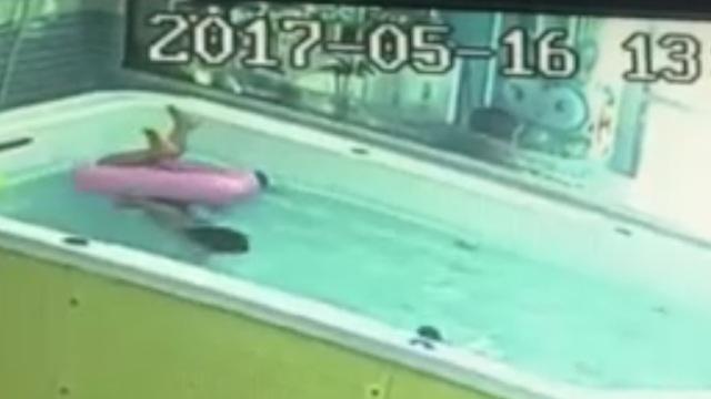 幼童在游泳店溺水72秒,身旁无人