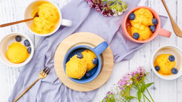 0奶油的芒果冰淇淋