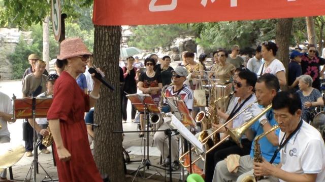 好嗨!他们号称北京最大公园合唱团