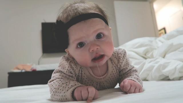 专业护士:宝宝流口水是正常现象?