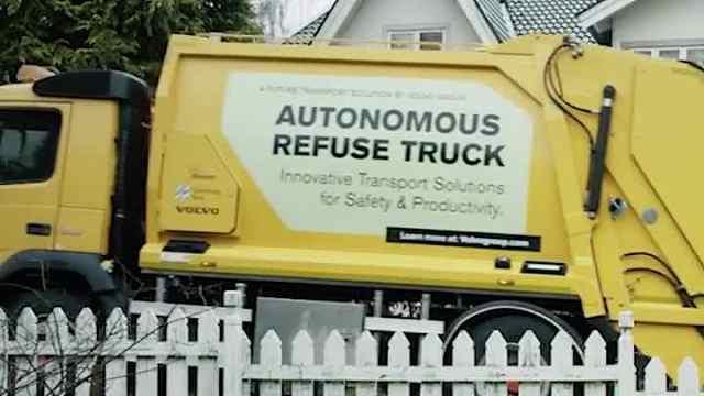 瑞典无人垃圾回收车来了