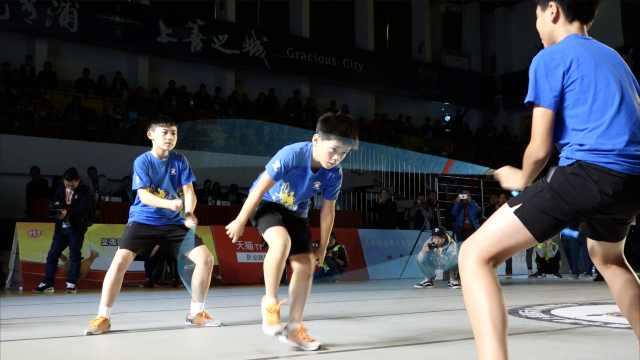 1秒跳绳4次!中国少年挑战人类极限