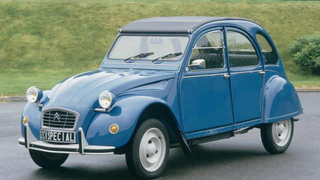 生产了近半世纪的法国版甲壳虫2CV