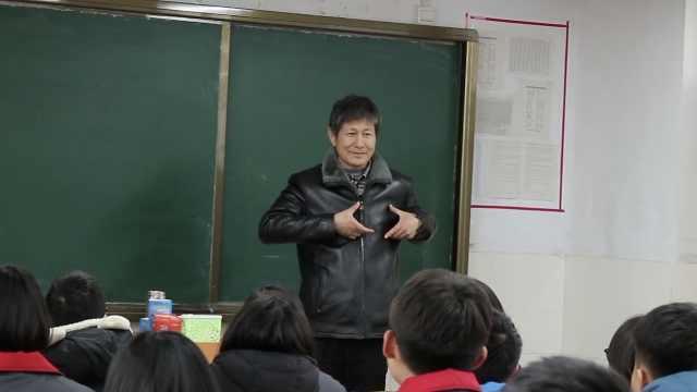 朗诵老师走红谢网友:你们是我伯乐