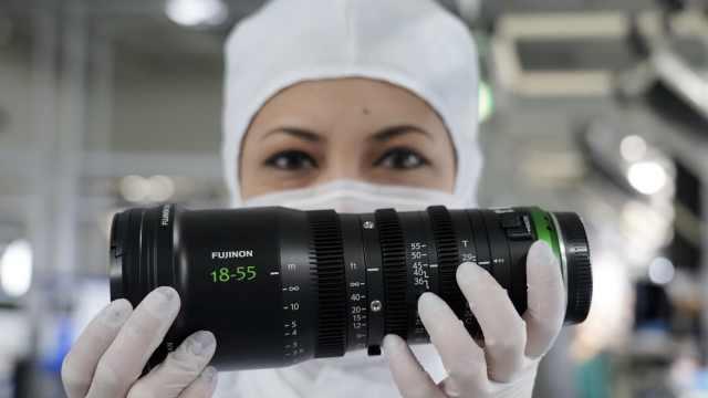 探秘富士工厂:相机原来是这么造的
