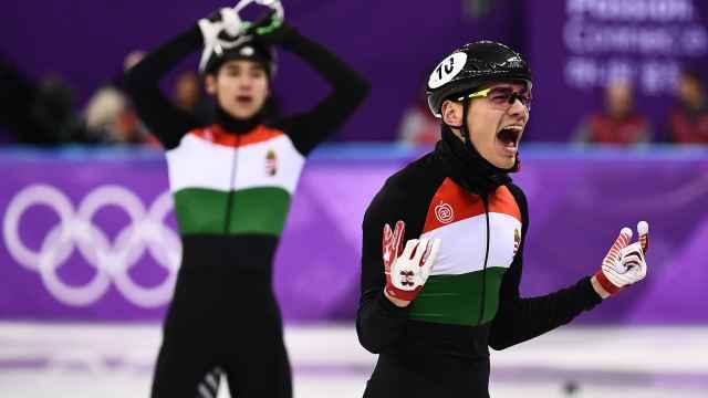 匈牙利冬奥夺冠,队员竟一口东北话