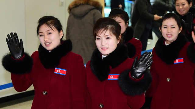 朝鲜拉拉队回国:统一以后再相见