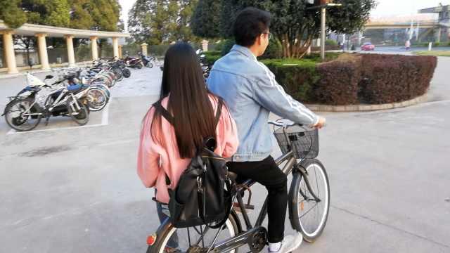 女友兼职做家教,暖男骑车接送1年半