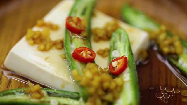 清爽美味又超便捷的豆腐秋葵