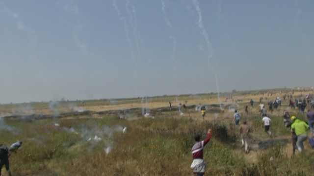 以色列实弹回击加沙示威,已致29死