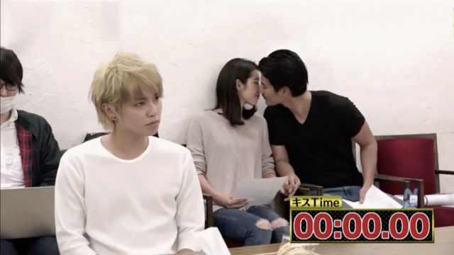 采访现场接吻,会被艺人发现吗?
