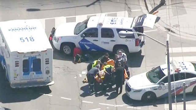 加拿大一汽车撞行人,9死16伤