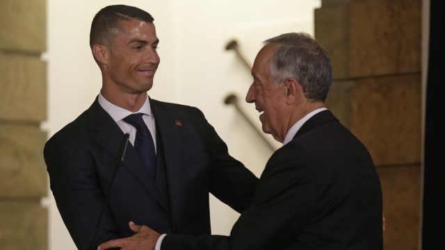 葡萄牙出征世界杯,C罗带队总统壮行