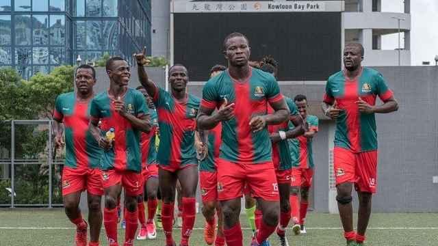 黑人足球队在华:踢球重建自我价值