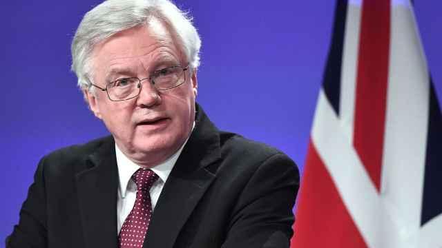 英国脱欧大臣戴维斯辞职,即刻生效