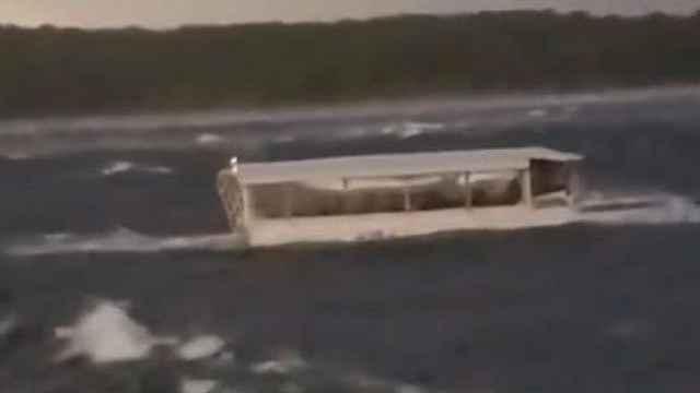 美国观光船翻船17死,船内画面曝光