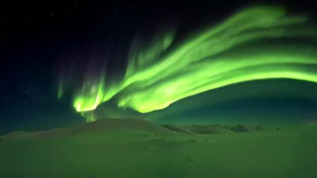 阿拉斯加极光,宛若飞舞的绿色蛟龙