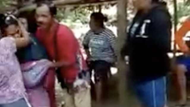 女子失踪15年遭诱拐被藏洞穴成性奴