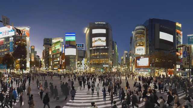 东京街头延时摄影:一片车水马龙