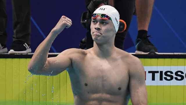 一骑绝尘!孙杨破赛会纪录800米夺冠