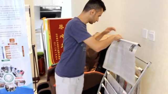留学生暑假当志愿者,社区向他取经