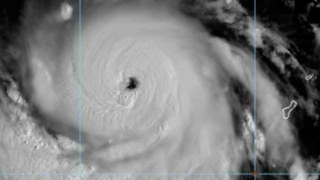 台风山竹可能达18级,或超袭日飞燕