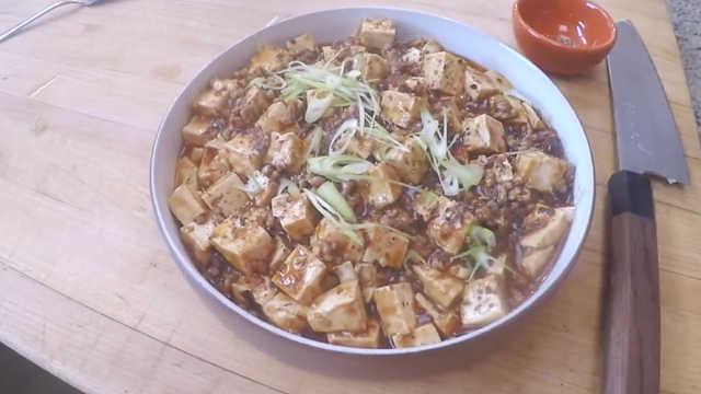 美国名厨做麻婆豆腐?看着还很地道