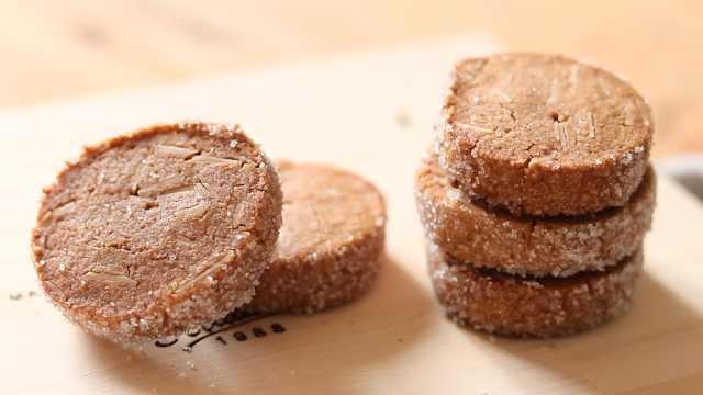 香脆好吃的巧克力杏仁饼干