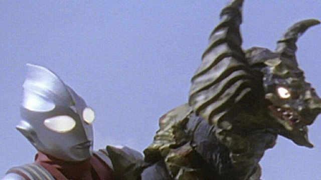 奥特曼和怪兽对暗号被发现