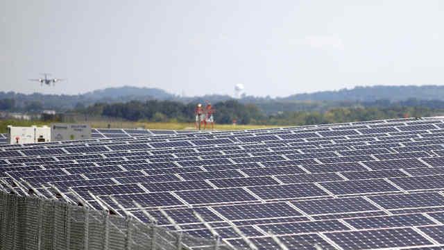 美国首家100%太阳能供电机场将建成