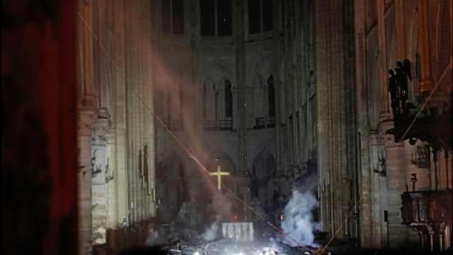 巴黎圣母院火灾后内部视频照片曝光