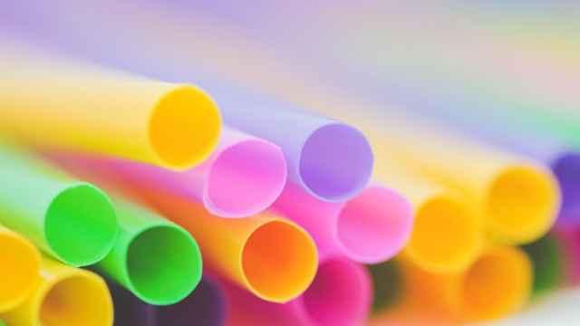 英格兰明年4月将禁止使用塑料吸管