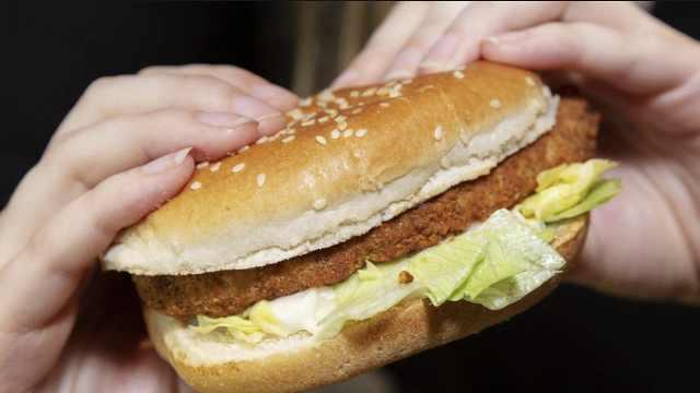 KFC将推全素鸡腿堡,名叫伪装者