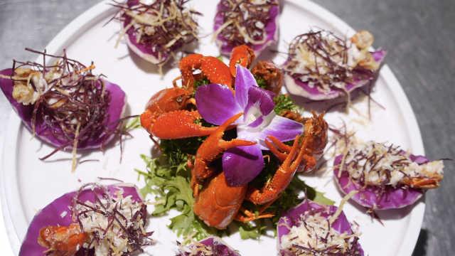 贵族气质小龙虾:金丝凤尾虾仁