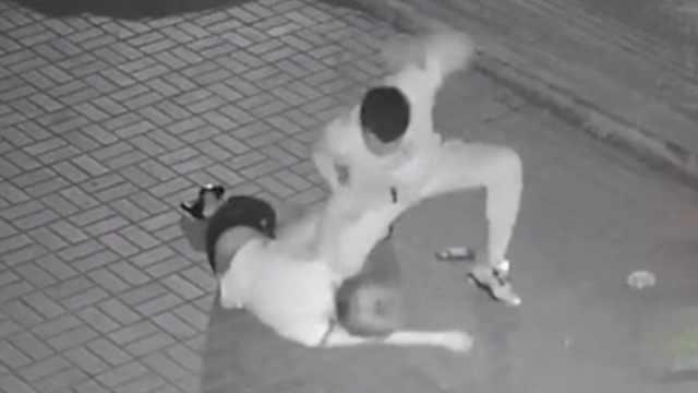 女子遭暴打,大連警方逮捕一名嫌犯