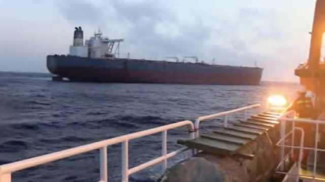 32名渔民南海遇险获救,已抵达三亚