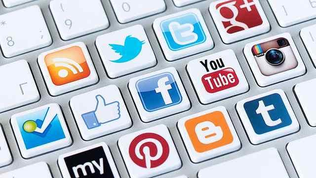 社交媒体玩的多,青少年易患抑郁症
