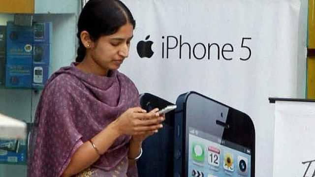 印度村庄新规:禁止未婚女性用手机