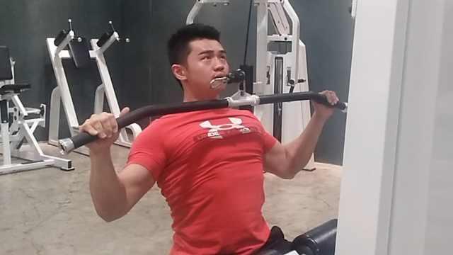 210斤小伙健身成教练:绝缘薯片可乐