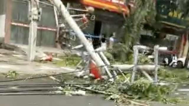 海南儋州突发三级龙卷风,致8死2伤