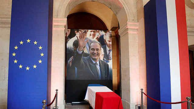 法国为希拉克举行国葬,普京等出席